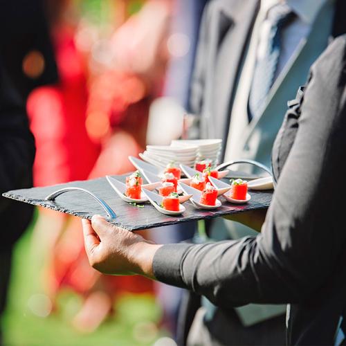 Llega-la-epoca-de-las-bodas-bautizos-y-comuniones