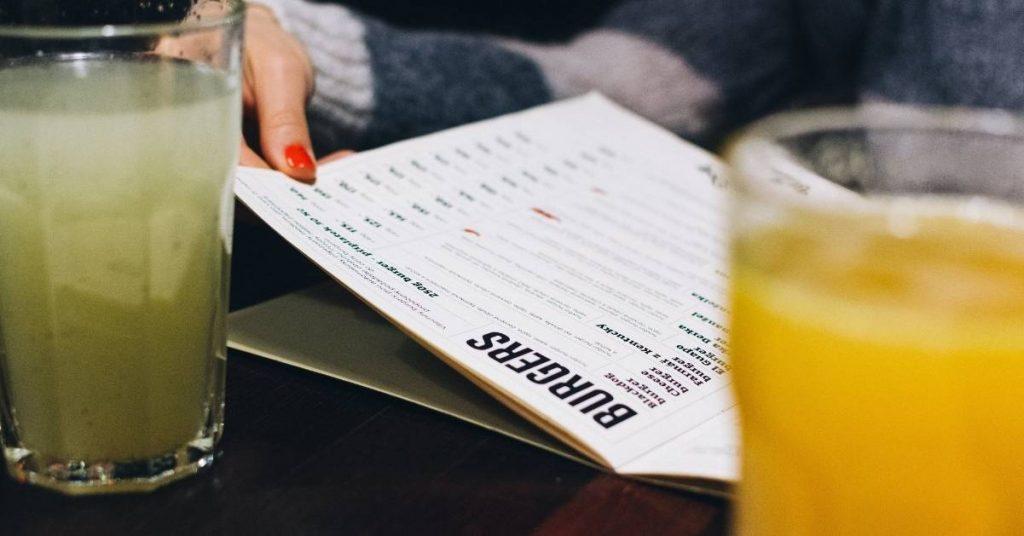 ¿Por qué es necesario cambiar el menú restaurante?