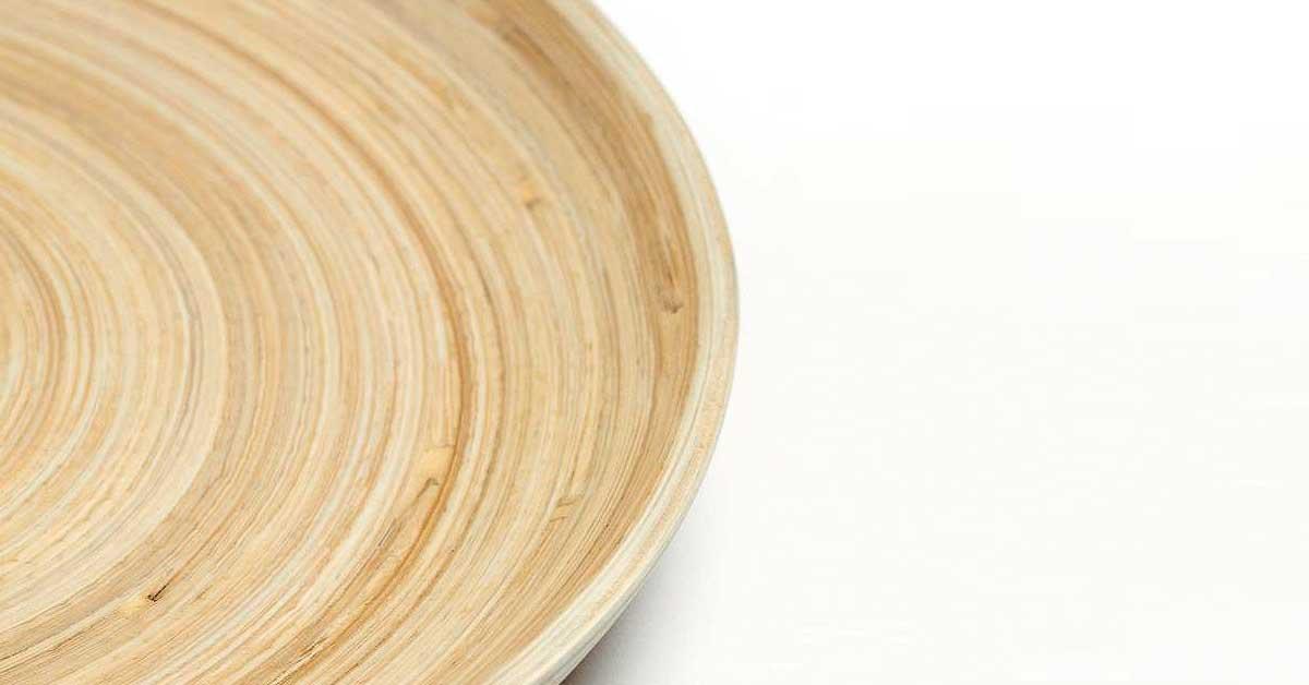 ¿Se puede usar platos de bambú en el microondas?