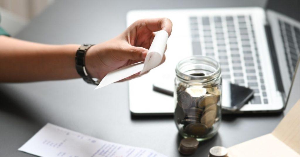 Koszty stałe restauracji: koszty bezpośrednie i pośrednie