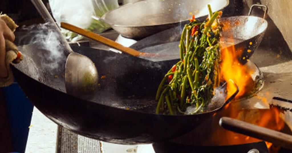 Empfehlungen für den Umgang mit Lebensmitteln in der Montageküche