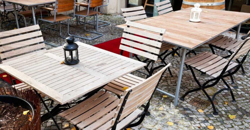 Separación recomendada entre cada mesa