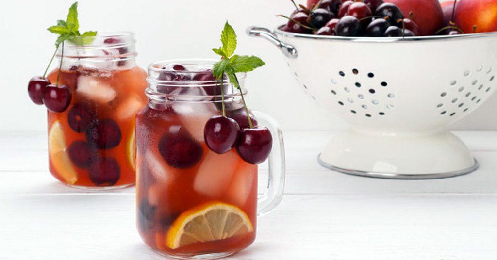 Agua saborizada como bebida refrescante