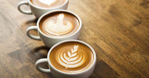 Bebidas calientes: café e infusiones
