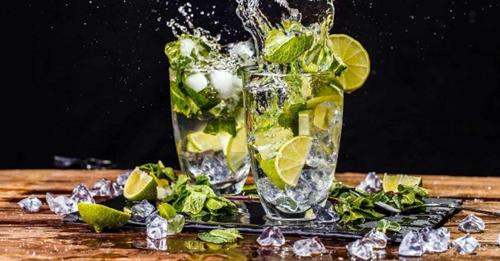 Bebidas sin alcohol con frutas