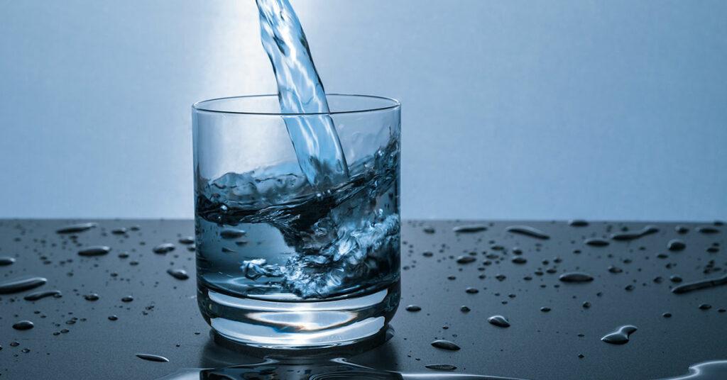 Calcular gramos con una vaso de agua