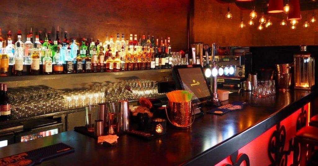 Cómo decorar un bar: De la A a la Z