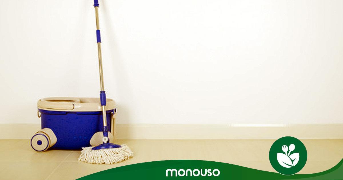 Cómo limpiar la mopa y dejarla como nueva