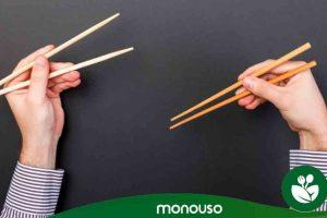 Cómo usar los palillos chinos para lucirte comiendo sushi
