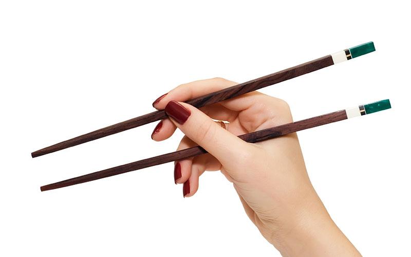 Consejos para comer con palillos chinos