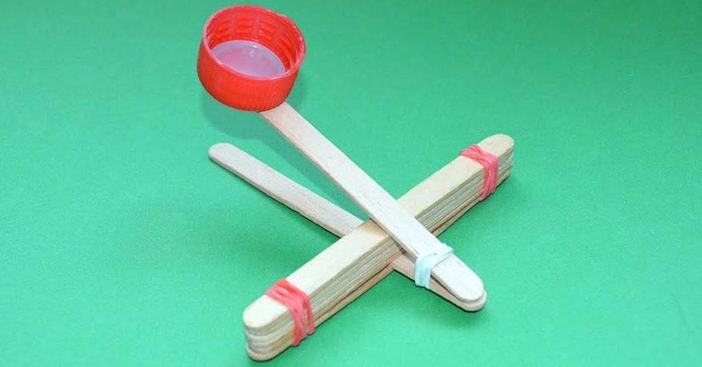Juegos tradicionales: catapulta