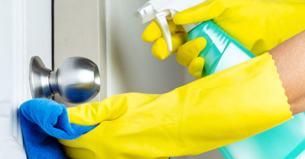 Productos de limpieza ecológicos que tienes en la alacena