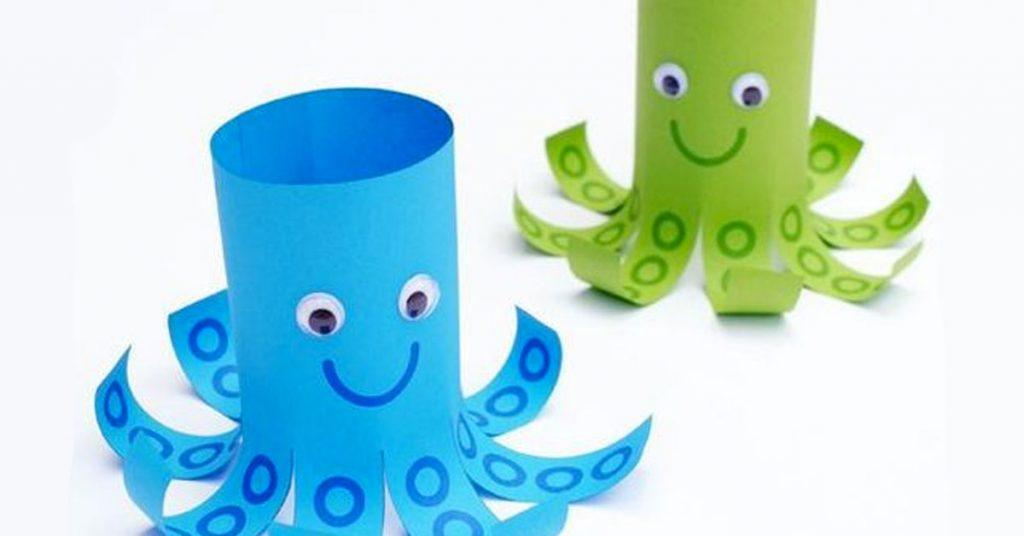 Pulpo de cartón reciclado