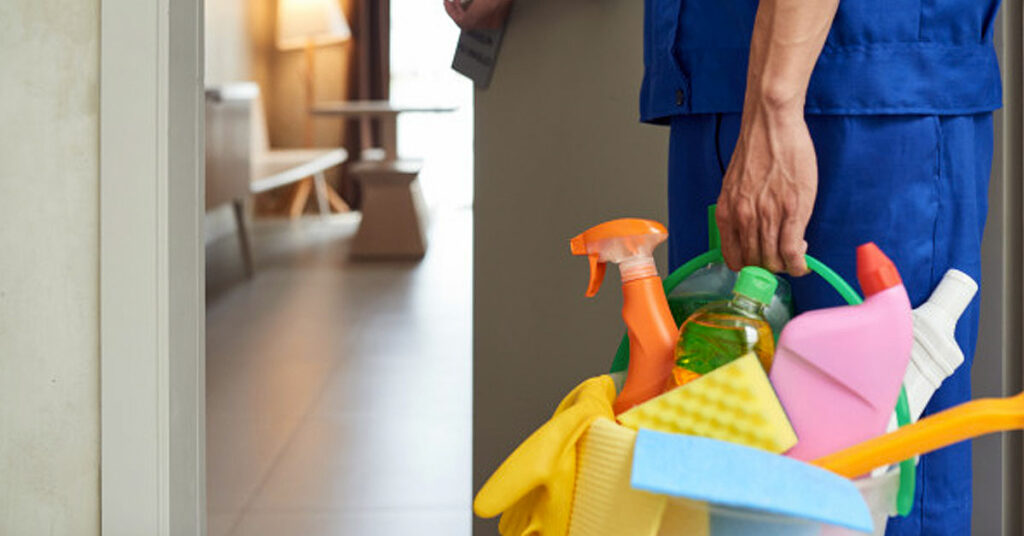 Siete consejos para limpiar los utensilios de limpieza y dejarlos como nuevos