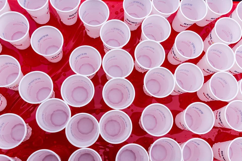 vasos plásticos decorativos